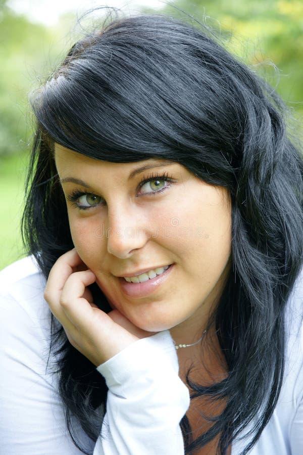 Frau mit dem langen Haar der Schönheit lizenzfreies stockbild