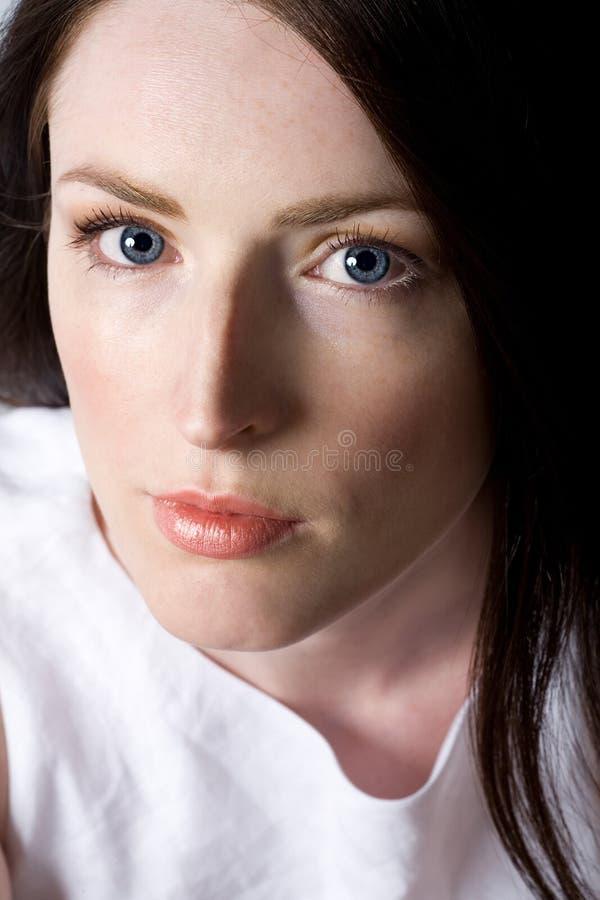 Frau mit dem schönen Haar stockbilder