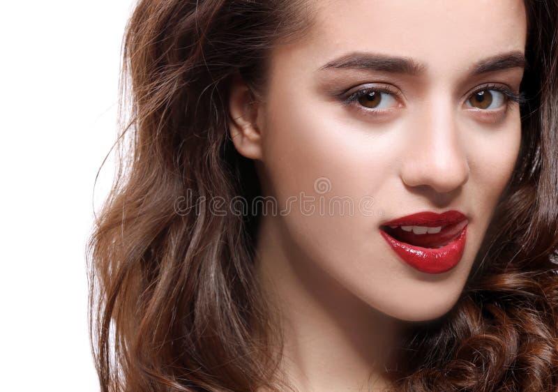 Frau mit den roten Lippen stockbilder