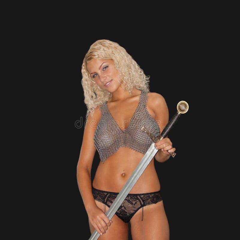 Frau mit einer Klinge lizenzfreies stockfoto