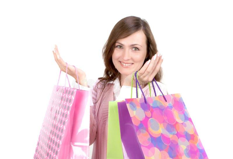Frau mit Einkaufen-Beuteln lizenzfreies stockfoto
