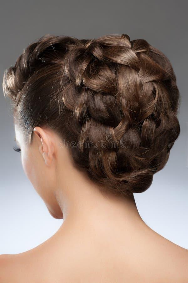 Frau mit Frisur lizenzfreie stockbilder