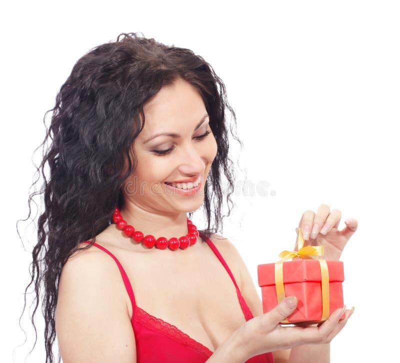 Download Frau mit Geschenkkasten stockbild. Bild von reklameanzeige - 9080619