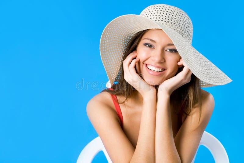 Frau mit Hut lizenzfreie stockfotografie