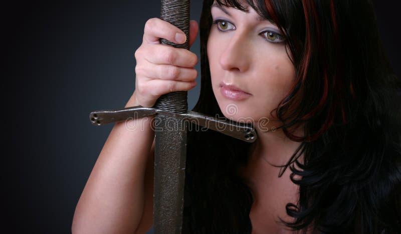 Download Frau mit Klinge stockbild. Bild von spiesse, blau, erwachsene - 45053
