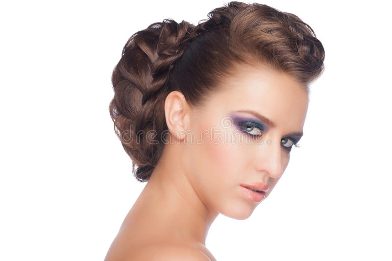 Frau mit Make-up und Frisur stockbild