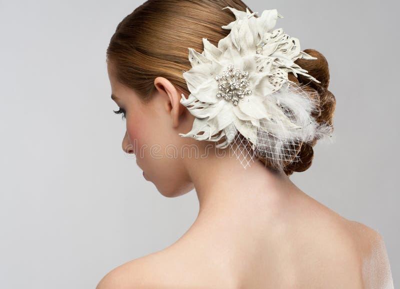 Frau mit schöner Frisur stockfotos