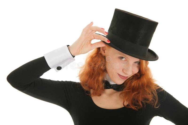 Frau mit schwarzem Hut lizenzfreies stockfoto