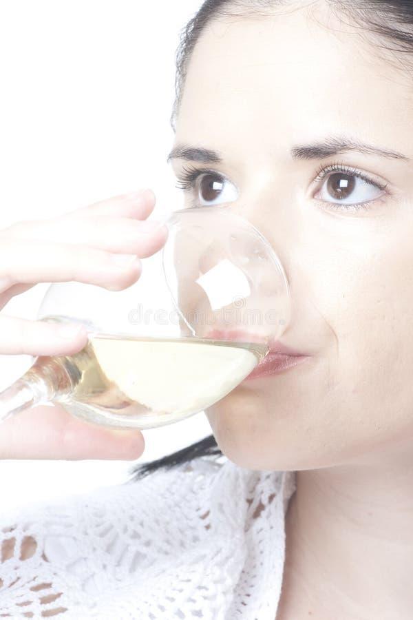 Frau mit Wein lizenzfreie stockfotos