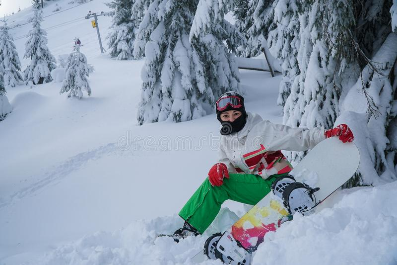 Frau Snowboardschnee-Sportwinter lizenzfreies stockfoto