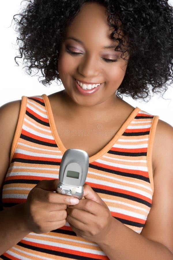Frau Texting lizenzfreie stockfotos