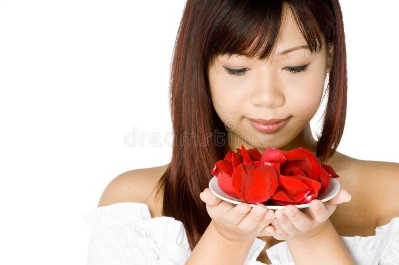 Frau und Blume stockfotos