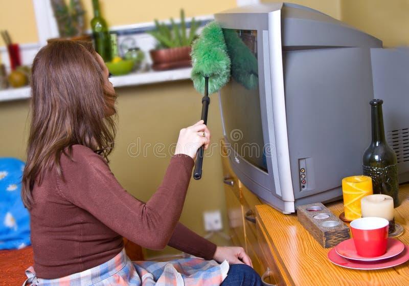Frau wischt ab lizenzfreies stockfoto