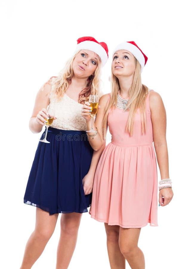 Frauen auf Weihnachtsfest stockfotos