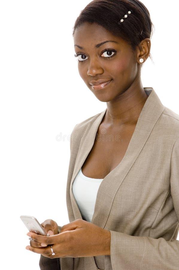 Frauen-Nachrichtenübermittlung lizenzfreie stockfotografie
