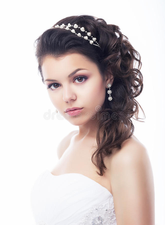 Frauen-Nahaufnahmeportrait des hübschen Brunette reizendes reizvolles lizenzfreies stockbild