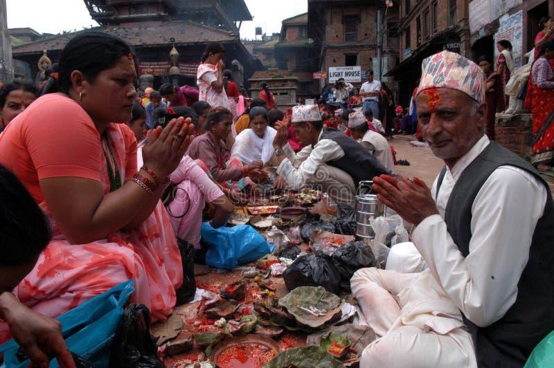 Frauen Nepals Bhaktapur Nepalese stockfotos