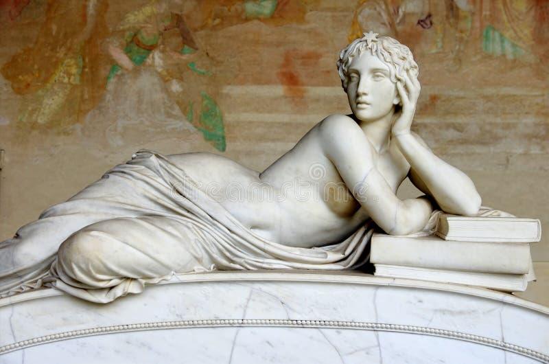Frauen-Skulptur lizenzfreie stockfotos