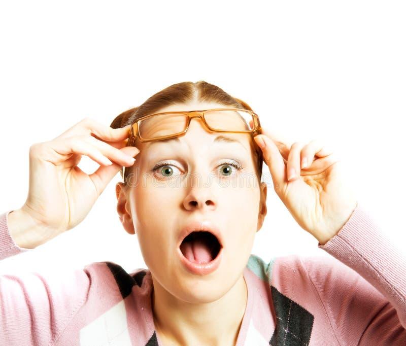 Frauen-tragende Gläser stockfotografie