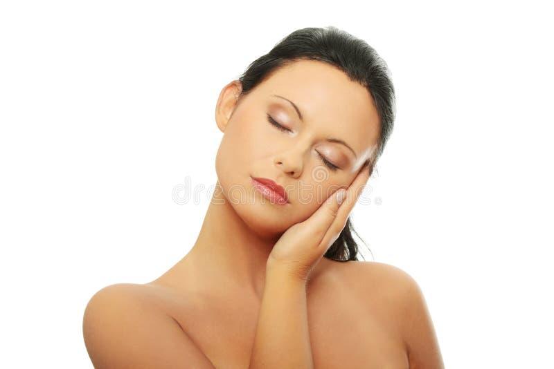 Frauengesicht mit sauberer Haut stockfotos