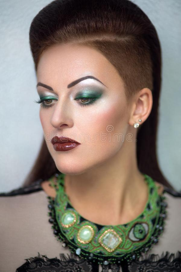 Frauengrün bilden lizenzfreie stockbilder