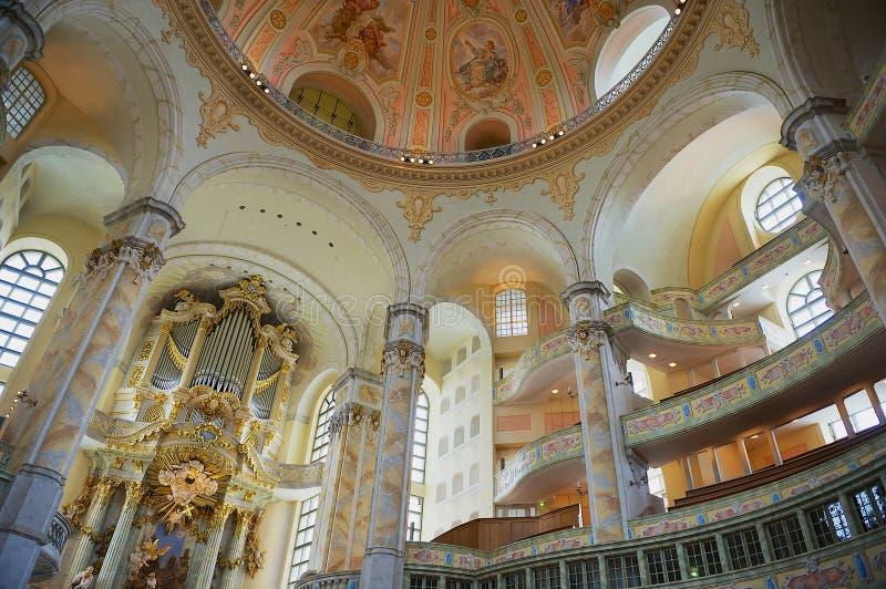Frauenkirche大教堂的内部在德累斯顿,德国 库存图片