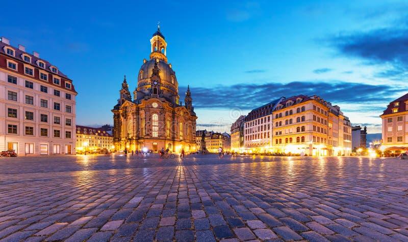 Frauenkirche en Neumarkt in Dresden, Duitsland royalty-vrije stock afbeelding