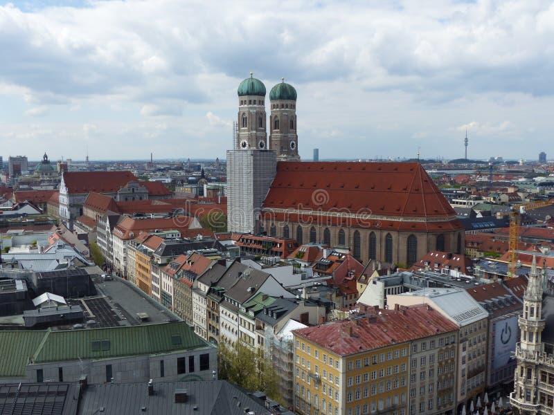 Frauenkirche katedra widzieć z góry Monachium w Niemcy zdjęcia royalty free