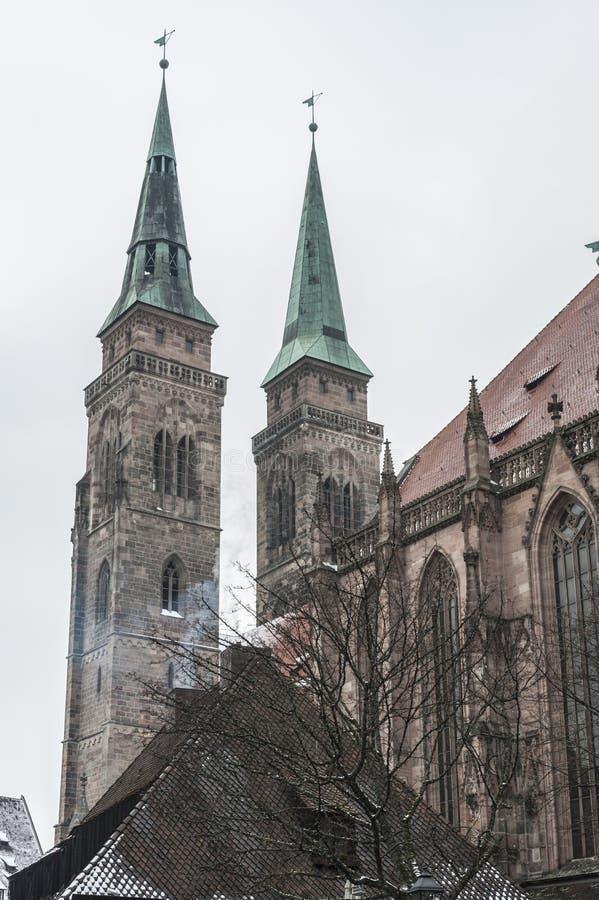 St Lorenz ko?ci?? &-x28; St Lorenz Kirche&-x29; w dziejowym Nuremberg miasteczku Nuremberg, Bavaria, Niemcy fotografia stock