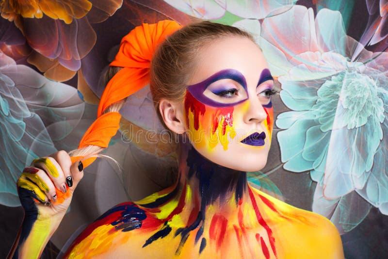 Frauenkunstmalerei stockfotos