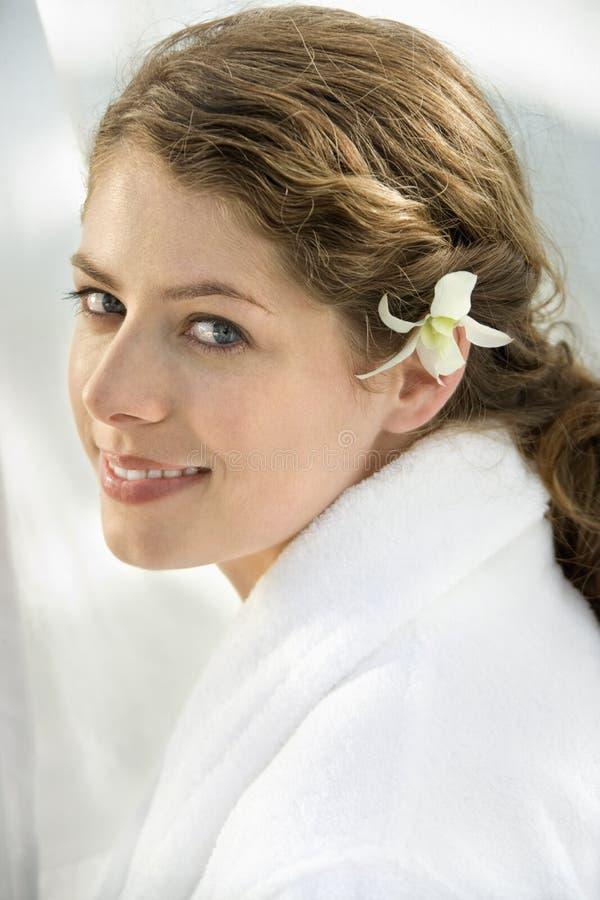 Frauenlächeln. lizenzfreies stockfoto