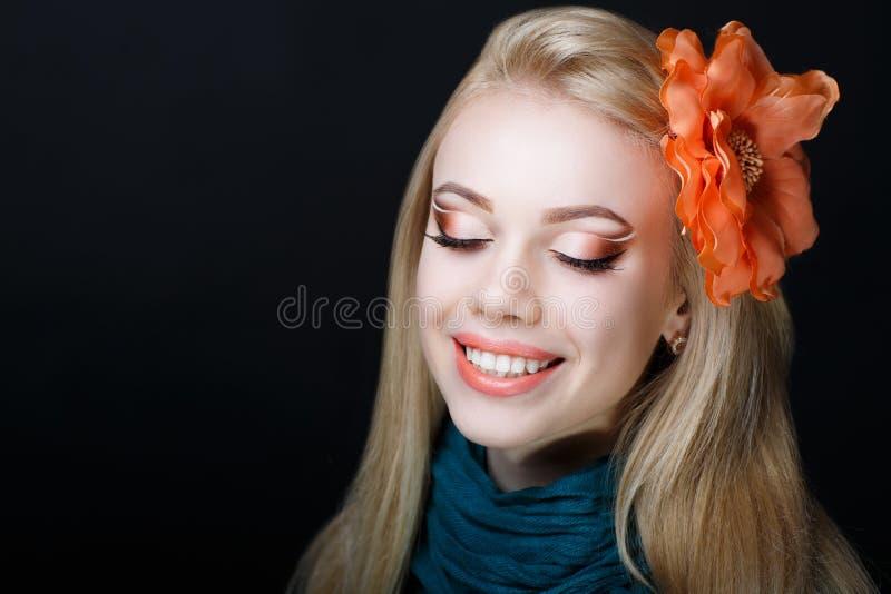 Frauenschönheitsgesicht stockfotos