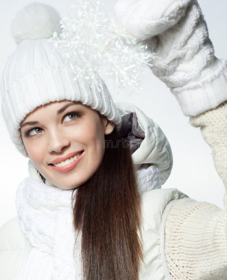 Download Frauenwinter stockfoto. Bild von jahreszeit, kleidung - 106804444