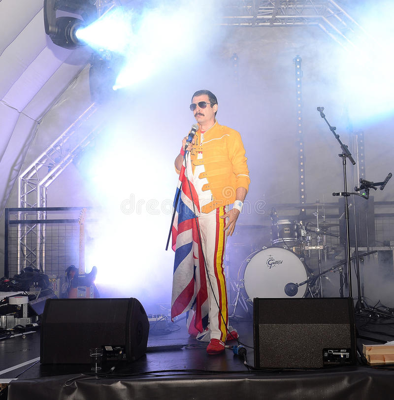 Download Freddie Mercury Tribute immagine editoriale. Immagine di mercurio - 55362480