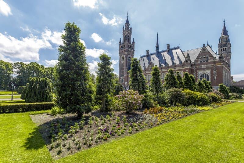 Fredslottträdgården royaltyfri fotografi
