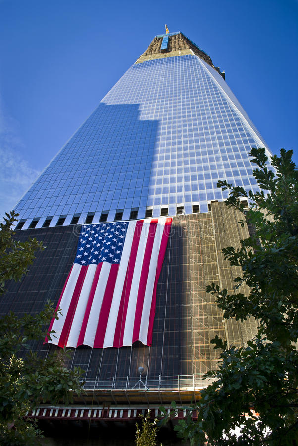 Download Freedom Tower editorial stock photo. Image of flag, park - 21520243