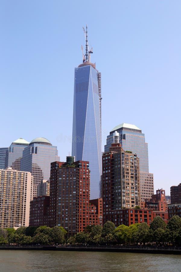 Freedom Tower och finansiellt område i New York royaltyfri foto