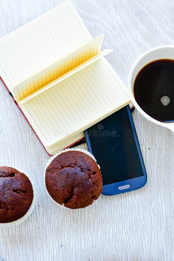 Freelancer ή blogger χώρος εργασίας στοκ εικόνες