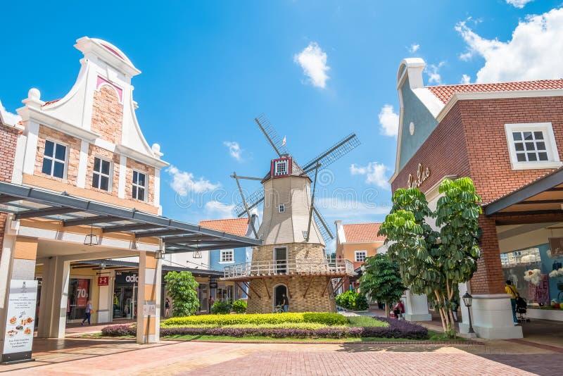 Freeport een Afzet van ` Famosa is het grootste winkelcomplex in Alor Gajah, Malacca stock foto's