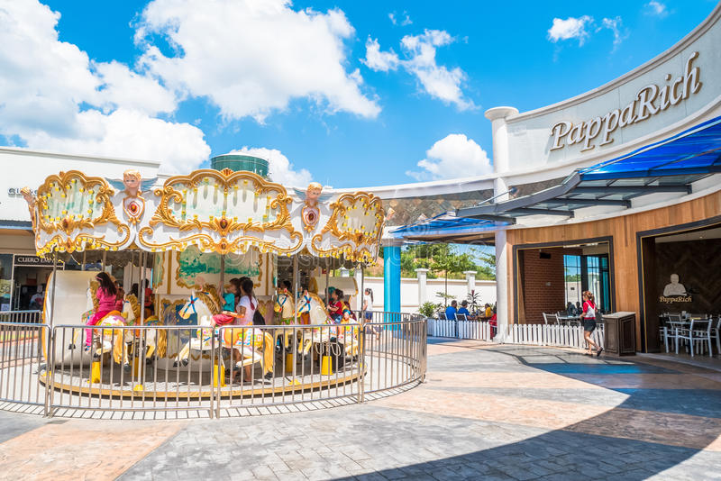 Freeport een Afzet van ` Famosa is het grootste winkelcomplex in Alor Gajah, Malacca stock afbeeldingen