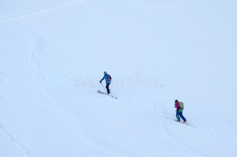 Freeride-Ski in den Transsilvanische Alpen stockfoto