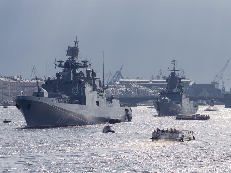 Fregattamiralen Makarov ståtar mest royaltyfria bilder