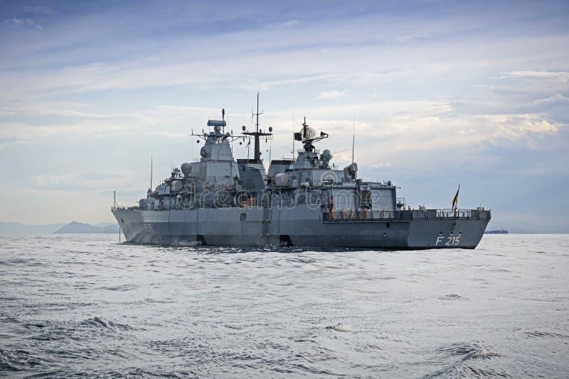 Fregatteschlachtschiff stockfotos