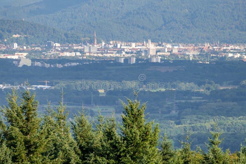 Freiburg Duitsland in de afstand stock foto's