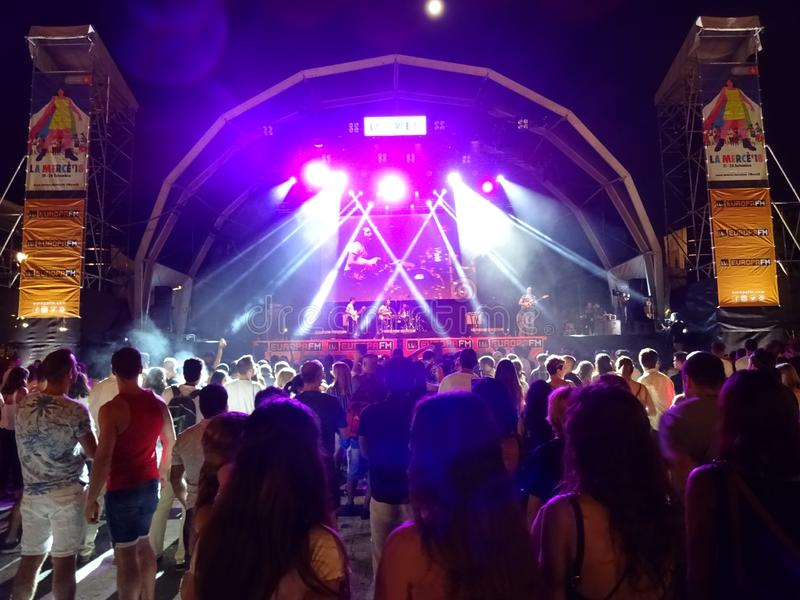 Freie Musik-Leistung in Barcelona Spanien stockfotos