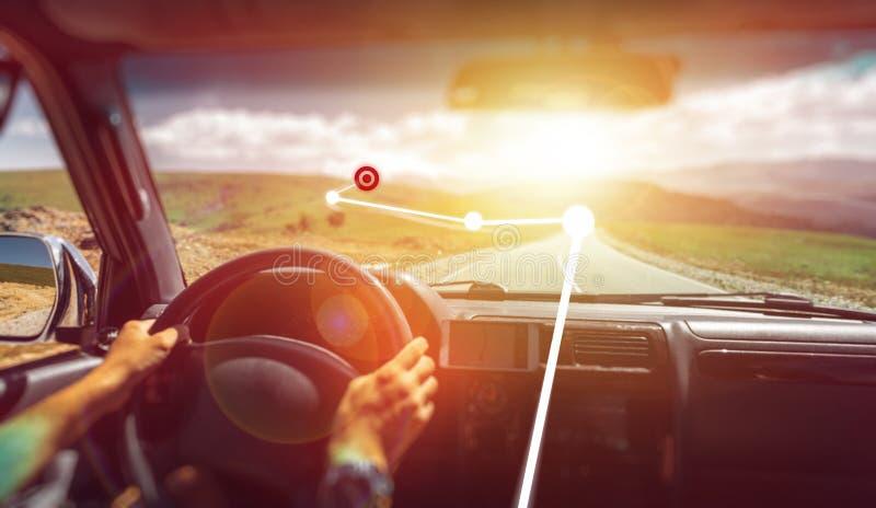 Freiheits-Autoreise-Wanderlust-Ferien-Konzept E Vergrößerte Wirklichkeit lizenzfreie stockfotografie