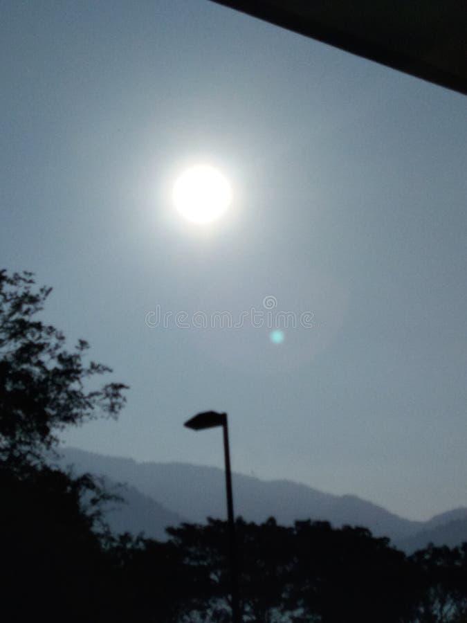 Freitag Morgen Sonnenaufgang lizenzfreie stockfotos