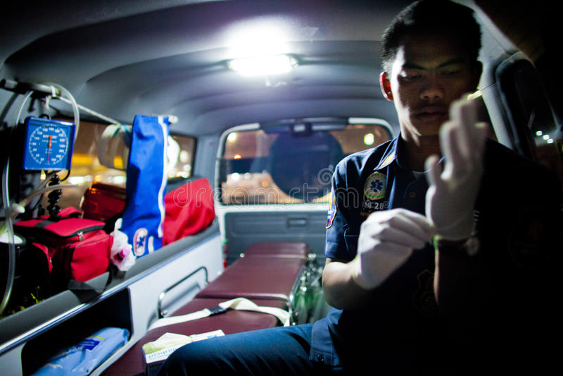 Freiwilliges EMTs stockfotos