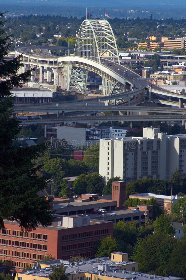 Download Fremont Brücke stockbild. Bild von städtisch, oregon, willamette - 39909