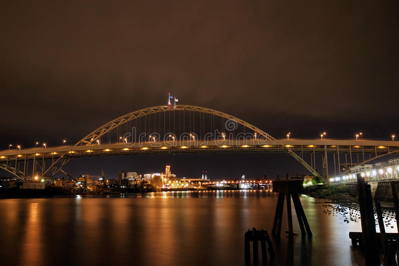 Fremont Bridge over Willamette River royalty free stock images